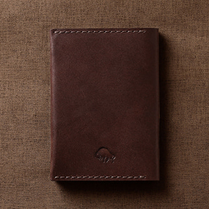 No.5 Passport Wallet - Malbec